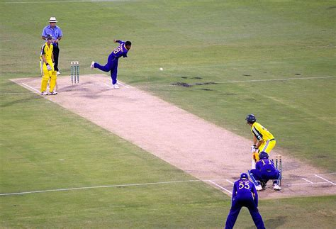 Cricket Images Bowling Cricket