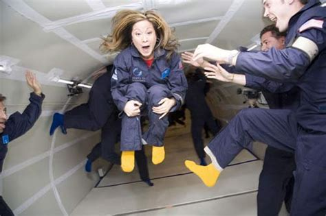 gravity weightless experience video