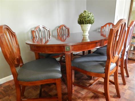 craigslist dining room table scouting craigslist episode 6 craigslist dining room hutch