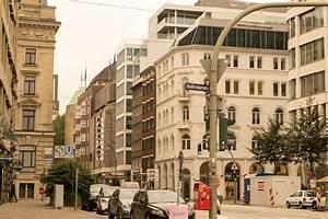 Location Scout Hamburg : street in hamburg germany ~ Michelbontemps.com Haus und Dekorationen
