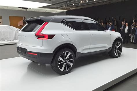 2018 Volvo Xc40 Moves Mixed, Truly Restyled Carbuzzinfo