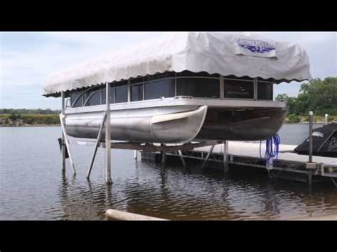 Boat Lift Float And Drop In Place by Boat Lift Installation Boat Lift Removal Doovi