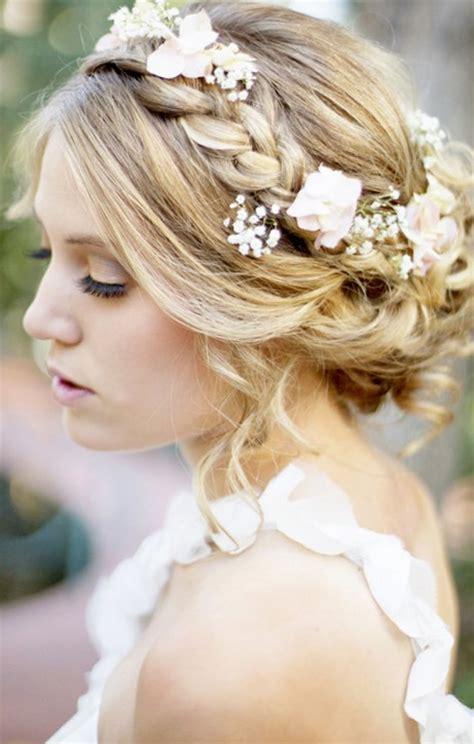 coiffure bohème mariage coiffure mariee boheme tendances 2019