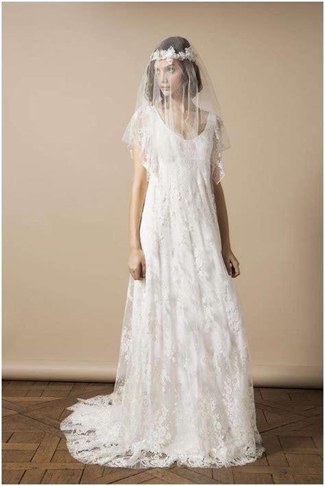 Abito da sposa semplice a line scollo a v maniche lunghe pizzo lunghezza abiti da sposa. Abiti da sposa boho chic nuove tendenze - Matrimonio e Sposa