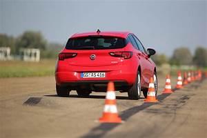 Opel La Teste : opel astra 1 4 turbo nous avons test la qualit sup rieure astra ~ Gottalentnigeria.com Avis de Voitures