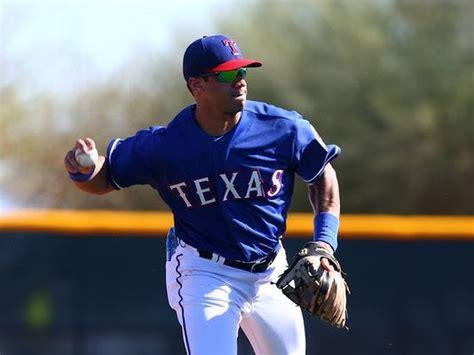 russell wilson  hit  rangers  baseball dream alive
