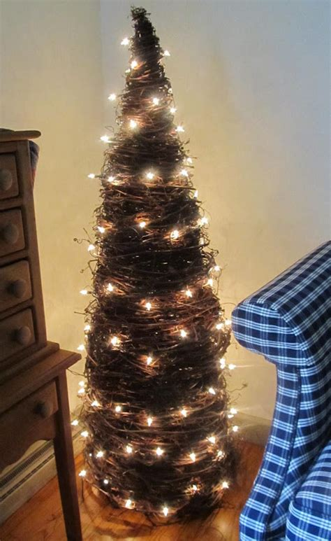 clever diy topiary christmas tree ideas
