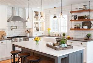 farmhouse kitchen island 10 kitchen remodeling styles home bunch interior design ideas