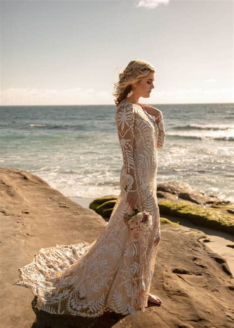 bohemian wedding  windansea beach love lavender