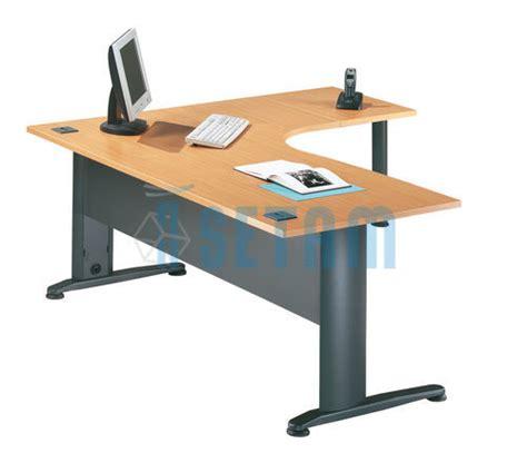 plateau de bureau d angle bureau d angle asym 233 trique sesam l h 234 tre avec retour 224 droite et pied de soutien longueur 1600
