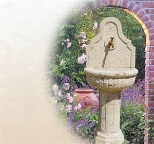 Wasserhahn Für Garten : brunnen aus naturstein f r den garten ~ Watch28wear.com Haus und Dekorationen