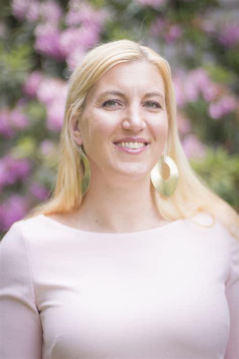 nonprofit power speaker spotlight julia campbell