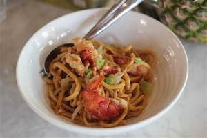 Image Gallery lobster chow mein
