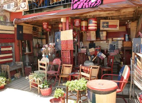 Brimfield Market Through Designers by Flea Markets Best Places In America For Cool Finds Bob