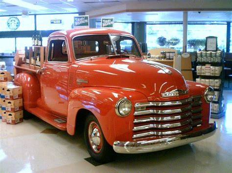 vintage pickups    drive