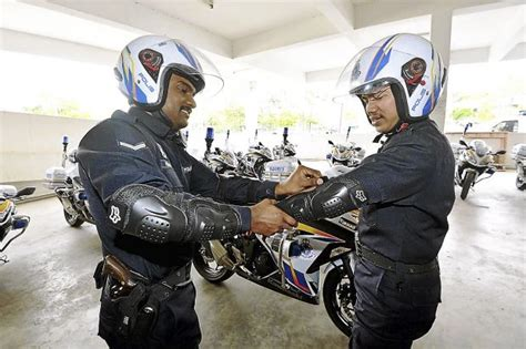 New Protective Gear For Selangor Cops On Patrol
