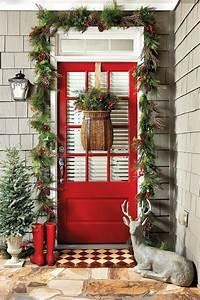 13, Dashing, Christmas, Door, Decorations, To, Impress, Your, Neighborhood