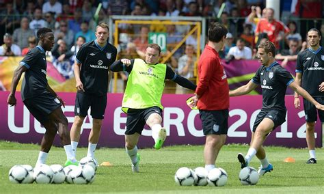 Euro 2012: England will fight racial abuse through ...