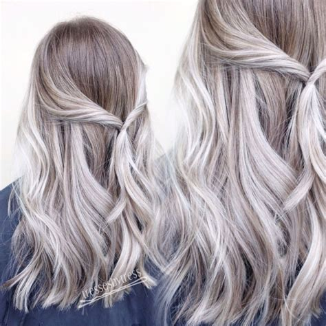 Platinum White Blonde Balayage Ombré Hair Styles To Try