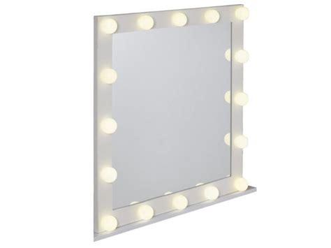 miroire chambre 1000 idées sur le thème miroir lumineux sur