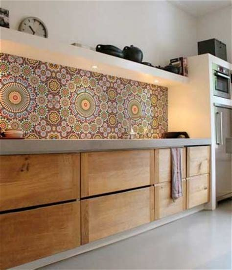 carreaux pour cuisine crédence de cuisine en carreaux de mosaïques multicolore
