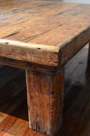 detalle mesa ratona de madera rustica mobiliario
