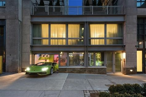 'wolf Of Wall Street' Apartment With A Trickedout Private