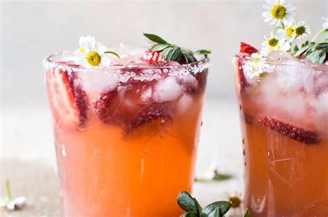 10 Refreshing Summer Cocktail Recipes To Help You Keep Your Cool by 17 Refreshing Cocktails You Need To Make This Summer
