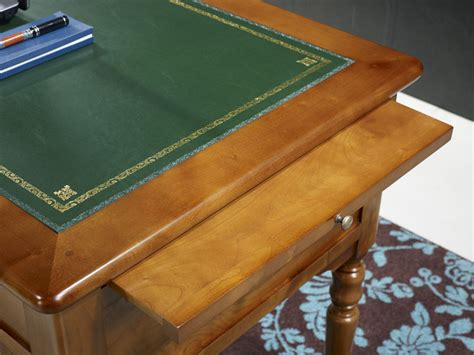 bureau merisier louis philippe bureau en merisier style louis philippe