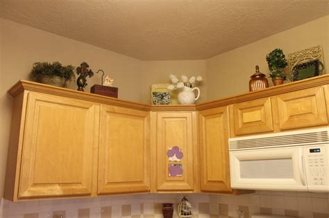 Rearranging Kitchen Cabinets by Decor Rearranging The Tops Of My Kitchen Cabinets
