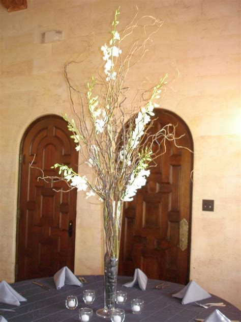 sweet floor vases  branches  decorate  house