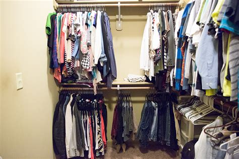 wondered  velvet hangers add  closet space