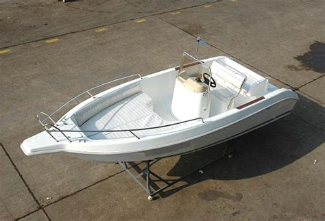 Fiberglass Fishing Boat Hulls For Sale by 5 5m Open Fiberglass Boat Hulls For Sale Buy Fiberglass