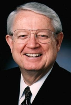 charles  swindoll quotes quotesgram