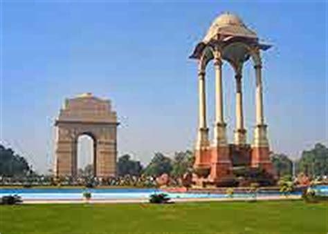 delhi travel guide  tourist information  delhi
