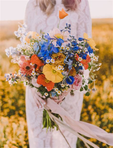 Our Favorite Bouquets From 2017 Green Wedding Shoes