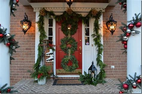 Door Decorating Ideas For Christmas