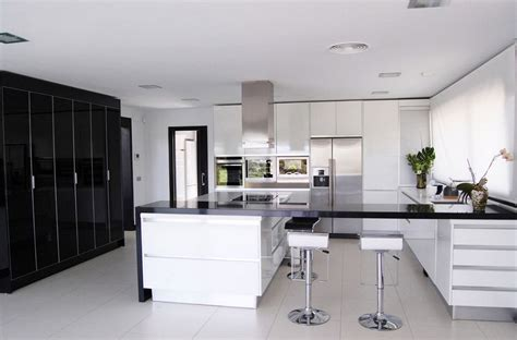 Wood Floor Ideas For Kitchens - black and white kitchens and their elements