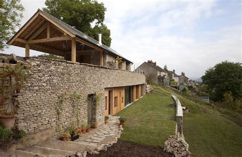 grand designs sees couple build house    degree slope daily mail