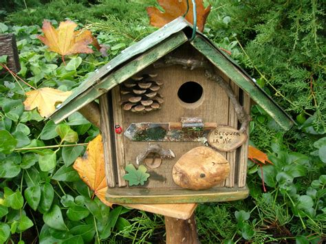 nichoir 224 oiseaux m 233 sanges original bird house cabane 224 oiseaux quot becquer la vie quot d 233 co jardin
