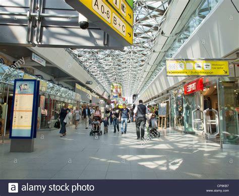 flughafen tegel ankunft berlin tegel airport the arrivals and departures hall