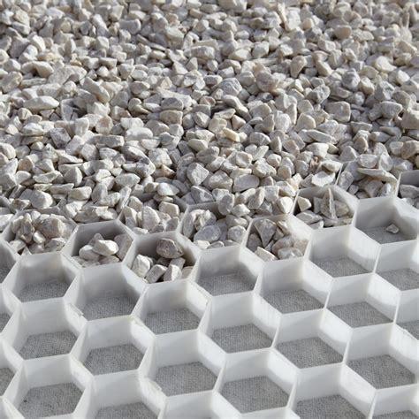alv 233 ostar nidagravel gt gt des nids d abeilles retiennent les cailloux