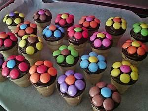 Kleine Kuchen Backen : kleine kuchen im waffelbecher von minerva ~ Orissabook.com Haus und Dekorationen