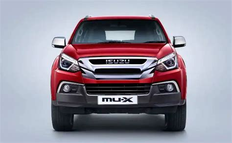 Horizontal rear combi lamp with led positioning lamp. Isuzu MU-X Price in India 2021 | Reviews, Mileage ...