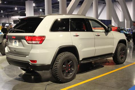 jeep grand cherokee off road wheels sema 2010 jeep grand cherokee off road edition photo