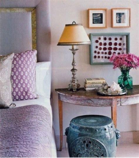 purple bedroom vintage elemente schlafzimmer gestalten fliederfarbe