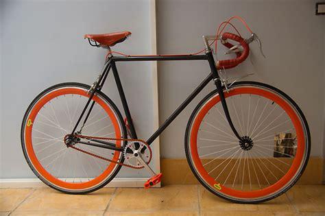 changer chambre à air vtt vélo de course singlespeed peugeot fixie singlespeed