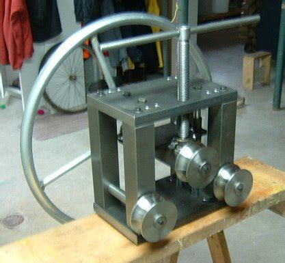 how to build a pipe l rollers