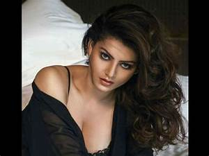 Sexy Girl Video : hate story 4 actress urvashi rautela 39 s twitter hacked ibtimes india ~ Maxctalentgroup.com Avis de Voitures