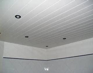 poser du lambris pvc au plafond